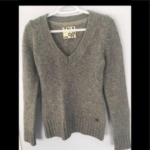 Excellent condition TNA size small sweater